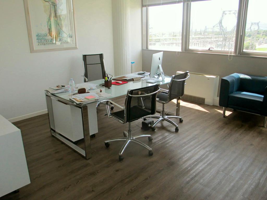 Torino crea arredo ufficio lab torino for Arredo ufficio genova