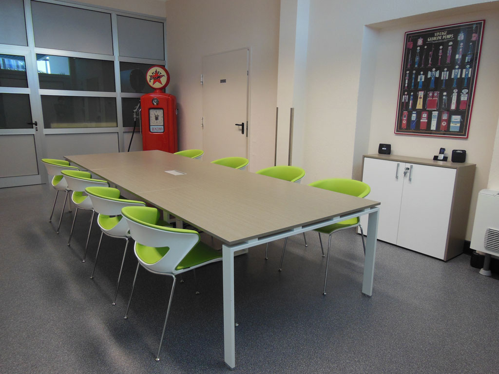Nke automation arredo ufficio lab torino for Arredo sala riunioni