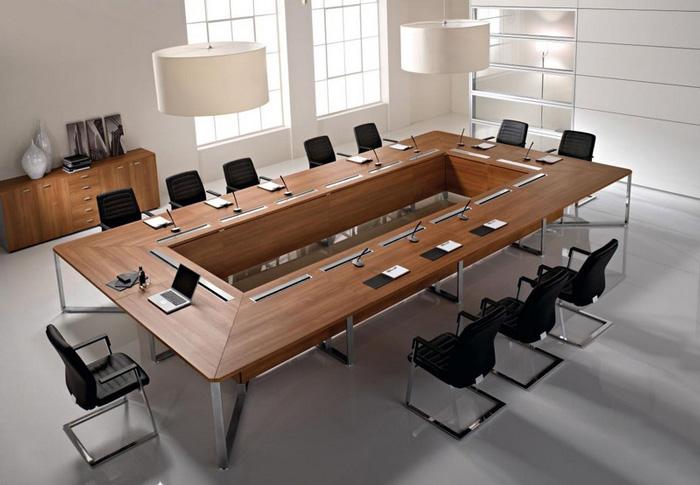 La sala riunioni come arredare la stanza delle decisioni for Design stanza ufficio