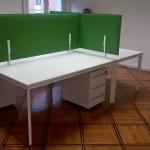 Postazioni operative con pannelli fonoassorbenti - Foto