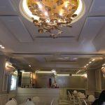 Nella Pasticceria Savia di Catania, i pannelli Mitesco fissati a soffitto garantiscono un'acustica confortevole.